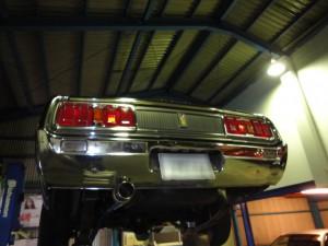 7旧車のマフラー
